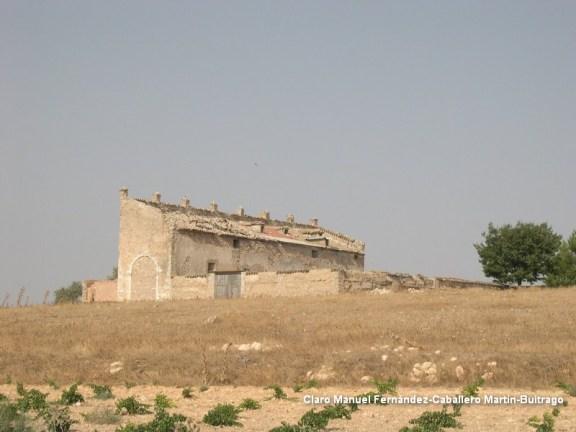 Iglesia-castillo de Villacentenos en 2004