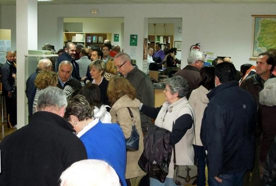 Herencia_Público viendo la exposición sobre la escuela en tiempos de Don Hermógenes
