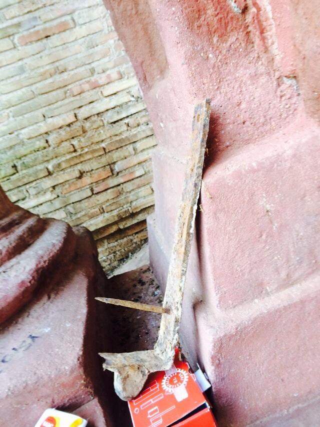 Obras de consolidación de la puerta parroquial de la umbría en Herencia