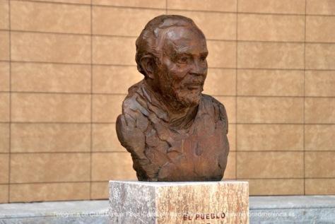 Escultura de Lopez-Arza a Jesus Madero en Herencia
