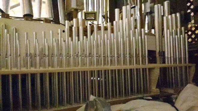 Tubos del órgano barroco de Herencia