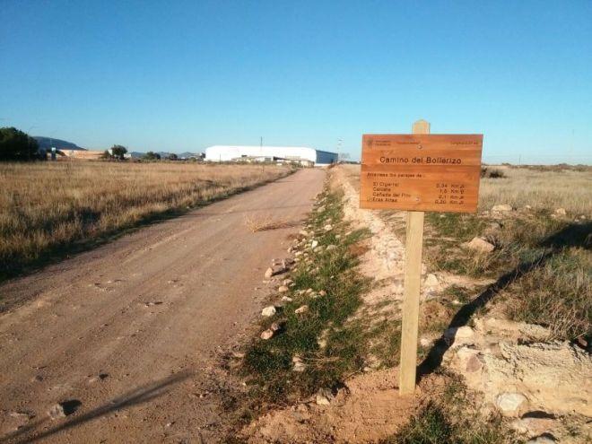 Nueva señalización con el nombre de los caminos de Herencia